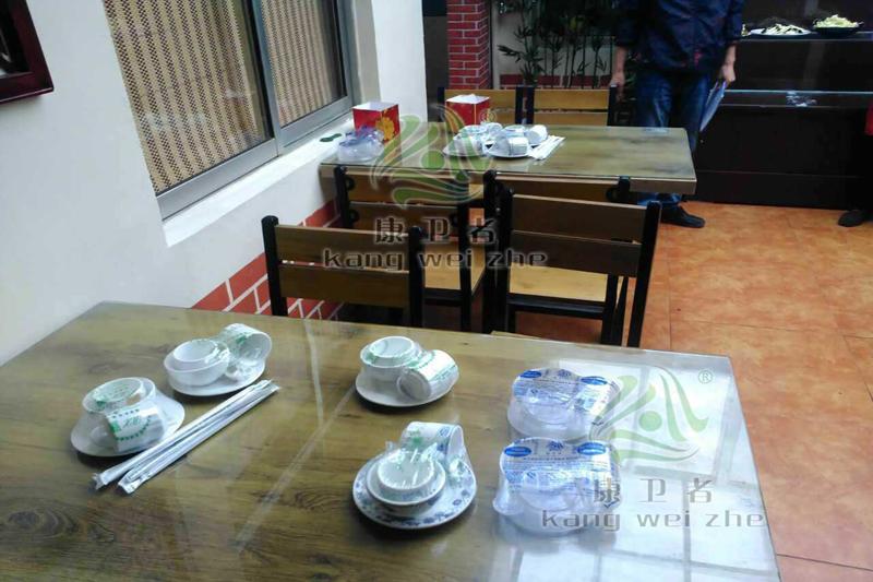 年底餐饮旺季,加盟一次性水晶餐具日赚千元是到底真假?